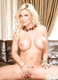 Diamond Foxxx Photo 3