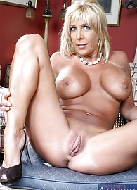 Misty Vonage Photo 3