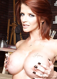 Joslyn James Photo 15