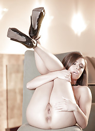 Casey Calvert Photo 10