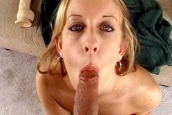 Isabel Ice kneels before her hung lover and passionately slurps on big stiff cock